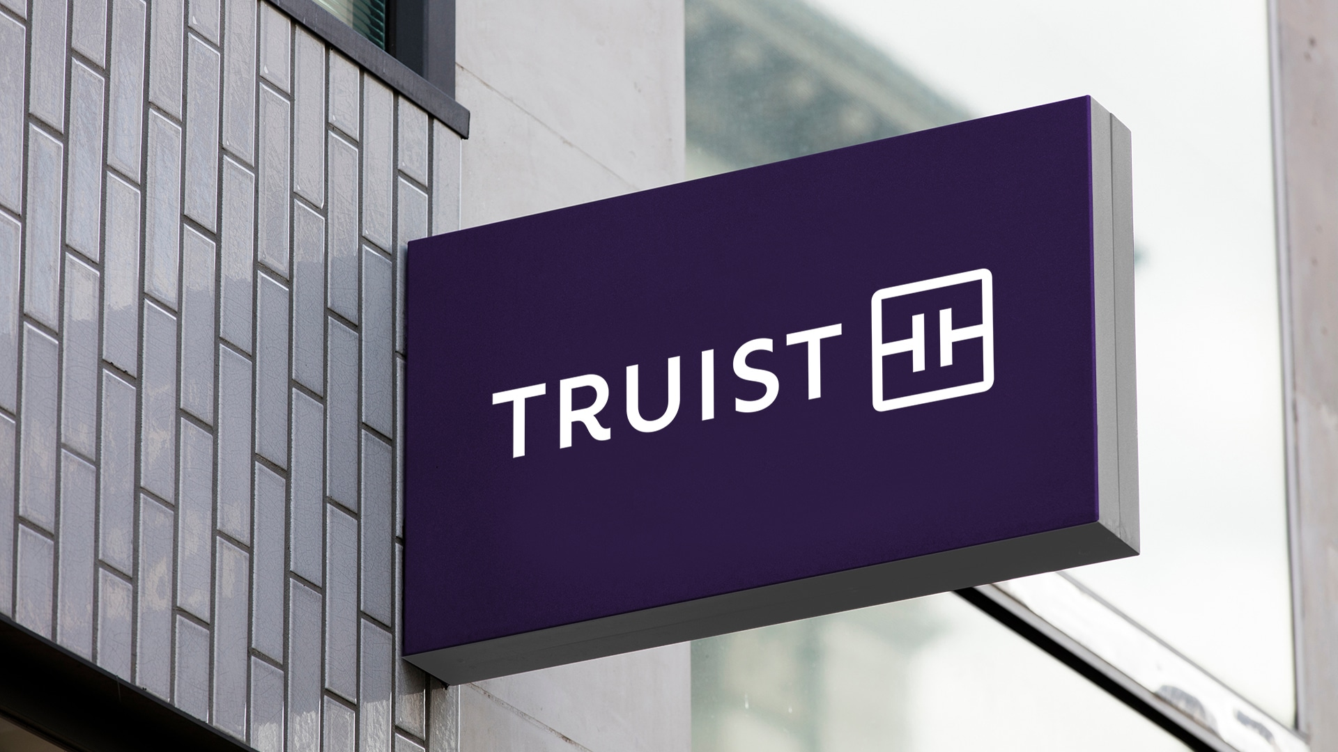 Truist Bank Sign
