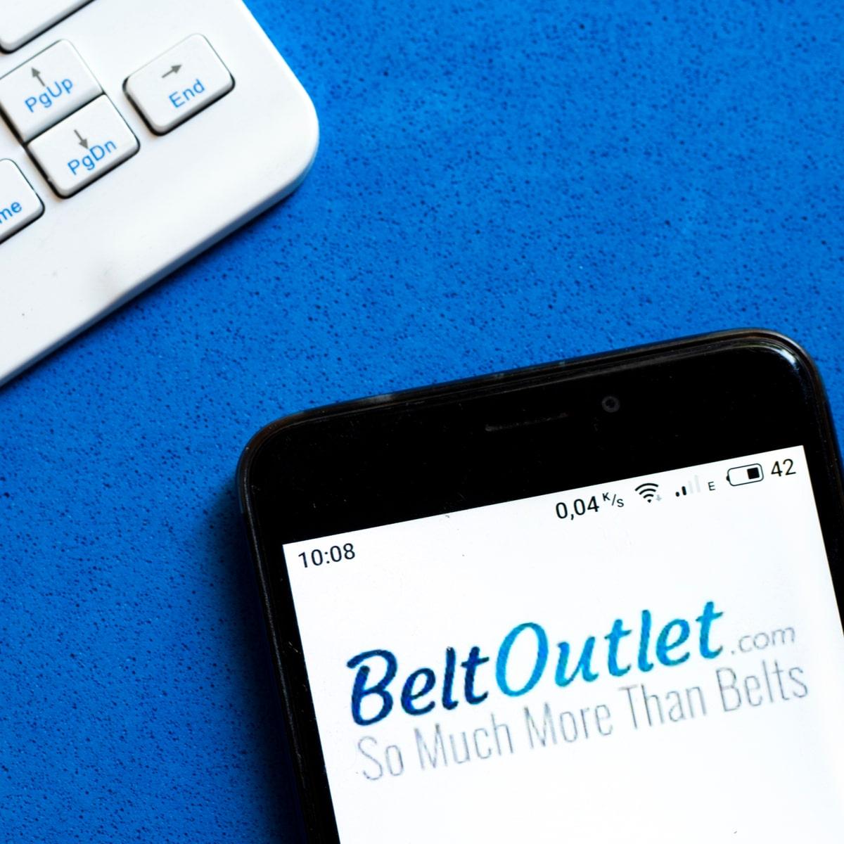 BeltOutlet Cell Phone